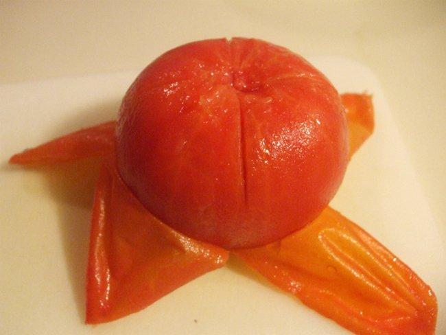 помидор без кожицы
