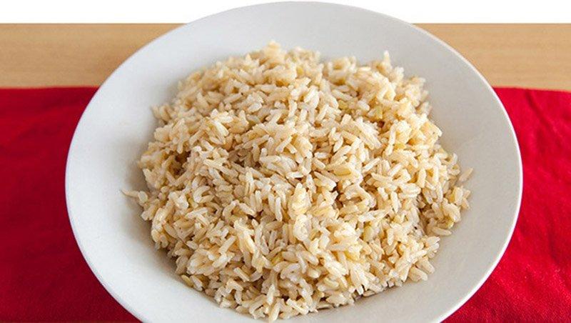 отваренный бурый рис