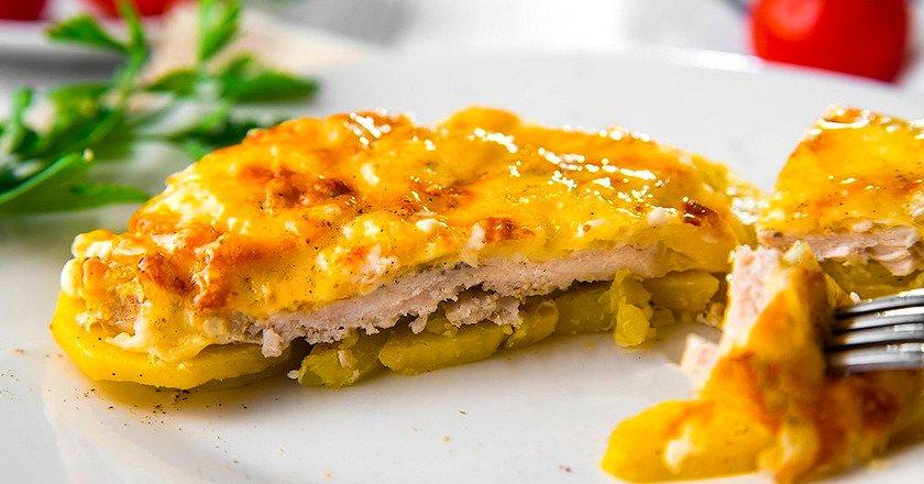 Картофель с мясом по-французски
