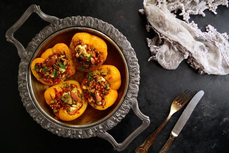 Блюда с гречкой, фаршированные перцы