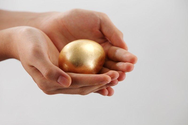 бриллиант в яйце