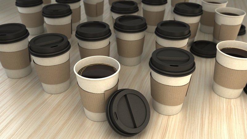 кофе в бумажном стаканчике