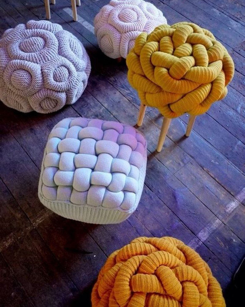 плетеные табуреты