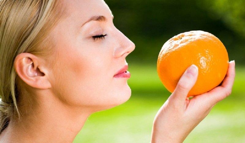 jesť ovocie na prázdny žalúdok
