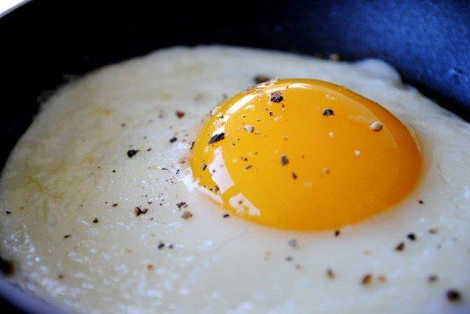 нить в яйцах