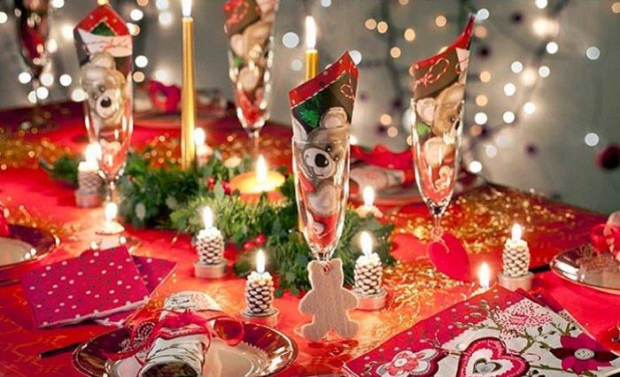Красивая сервировка стола на новый год