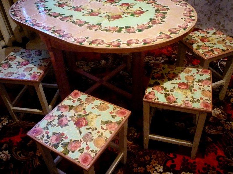 Кухонные столы в технике декупаж