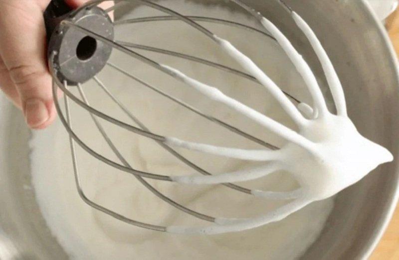 Взбитые сливки из сухого молока