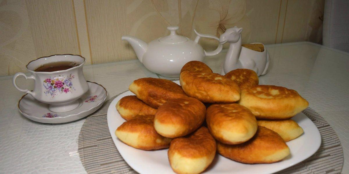 жареные пирожки с яйцом
