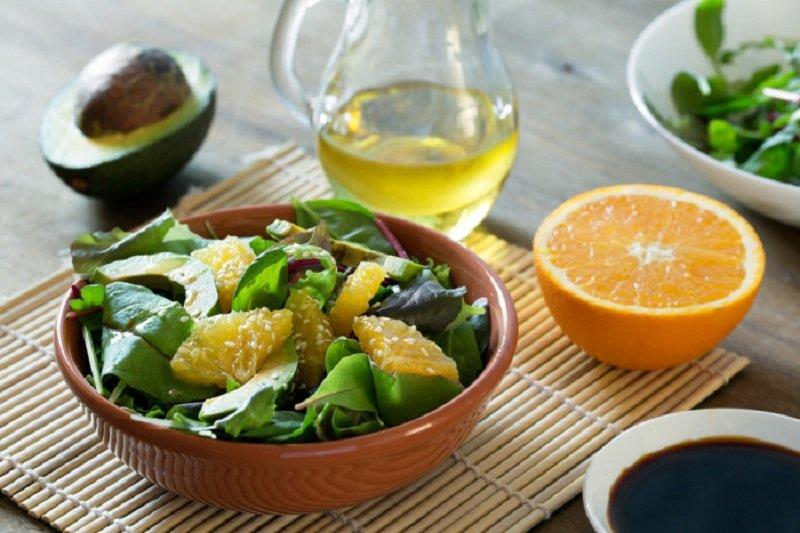 несладкий фруктовый салат