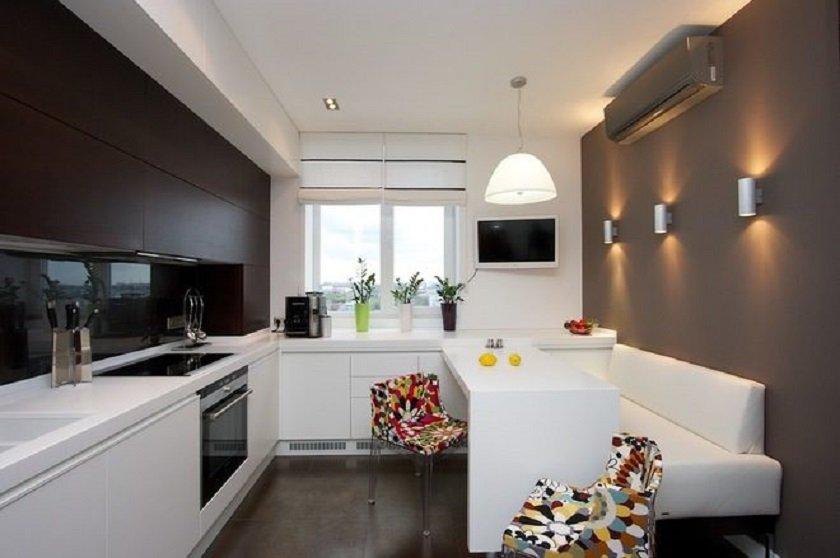 стулья на маленькой кухне