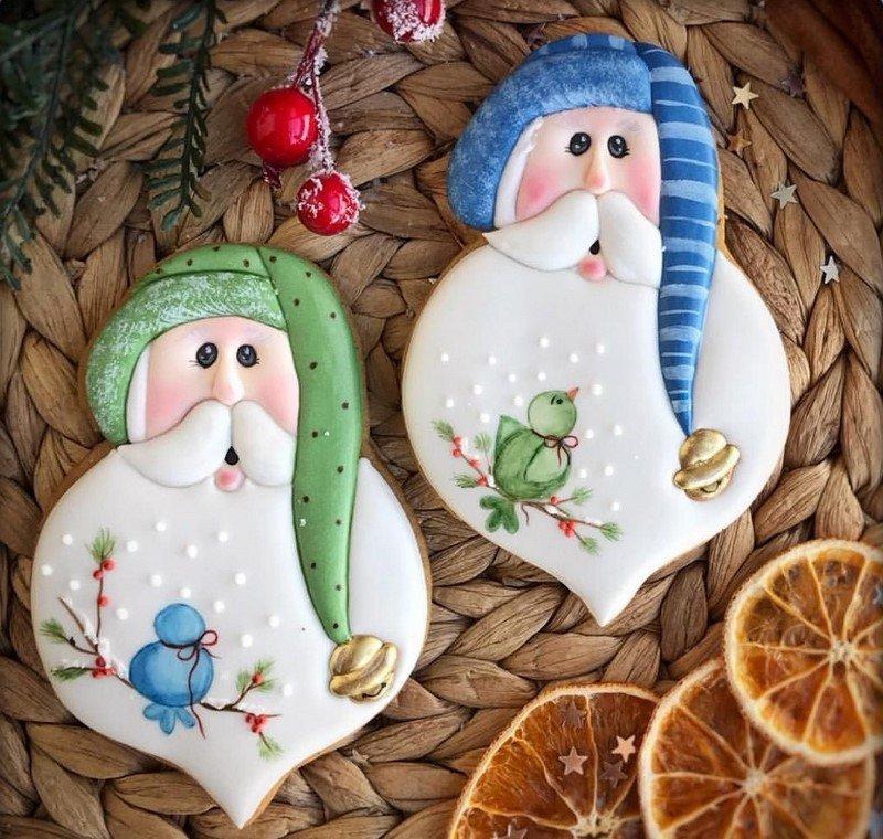новогодние пряники в виде деда мороза