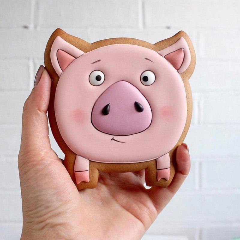 печенье с изображением свиньи