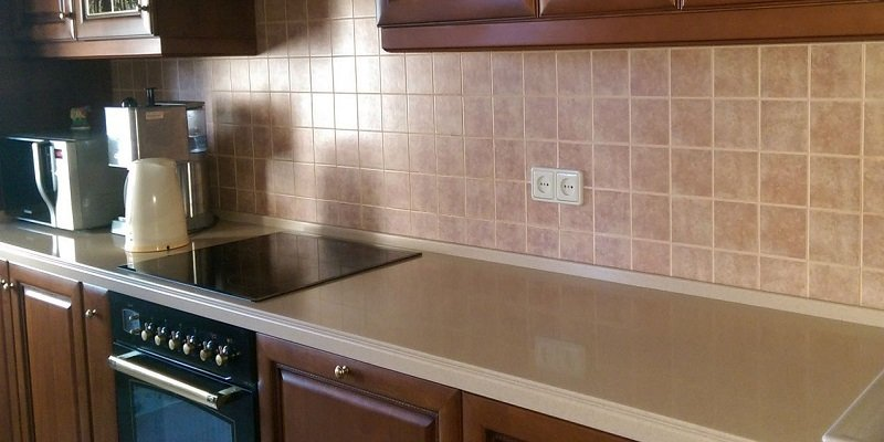 как чистить кухонную поверхность