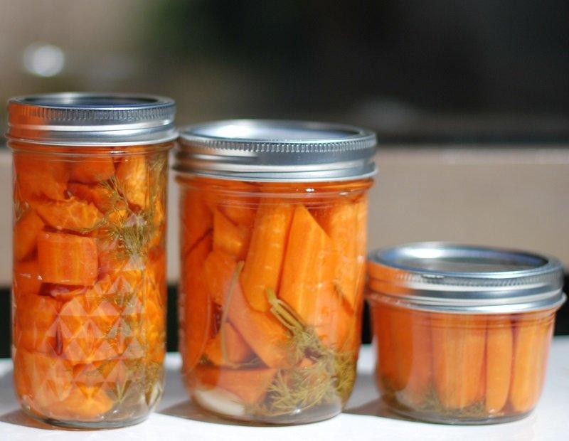 морковь в банке