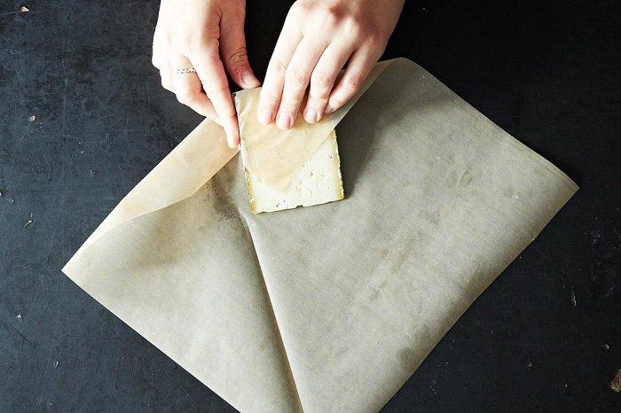 сыр в пергаменте фото