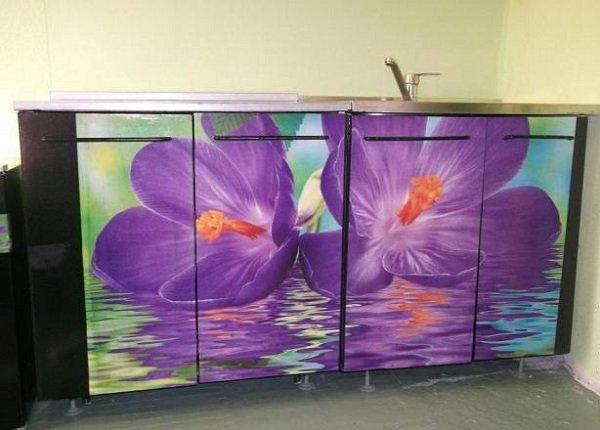 как оформить старую кухонную мебель