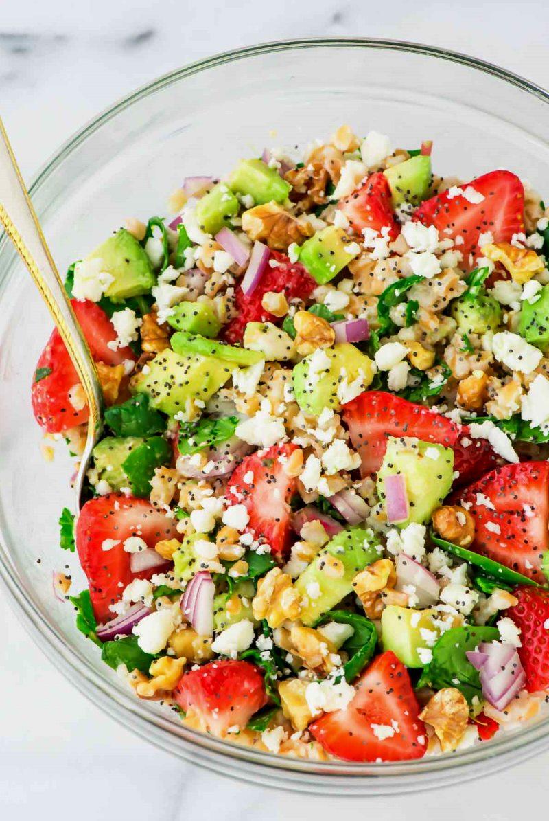 как приготовить салат из авокадо с креветками