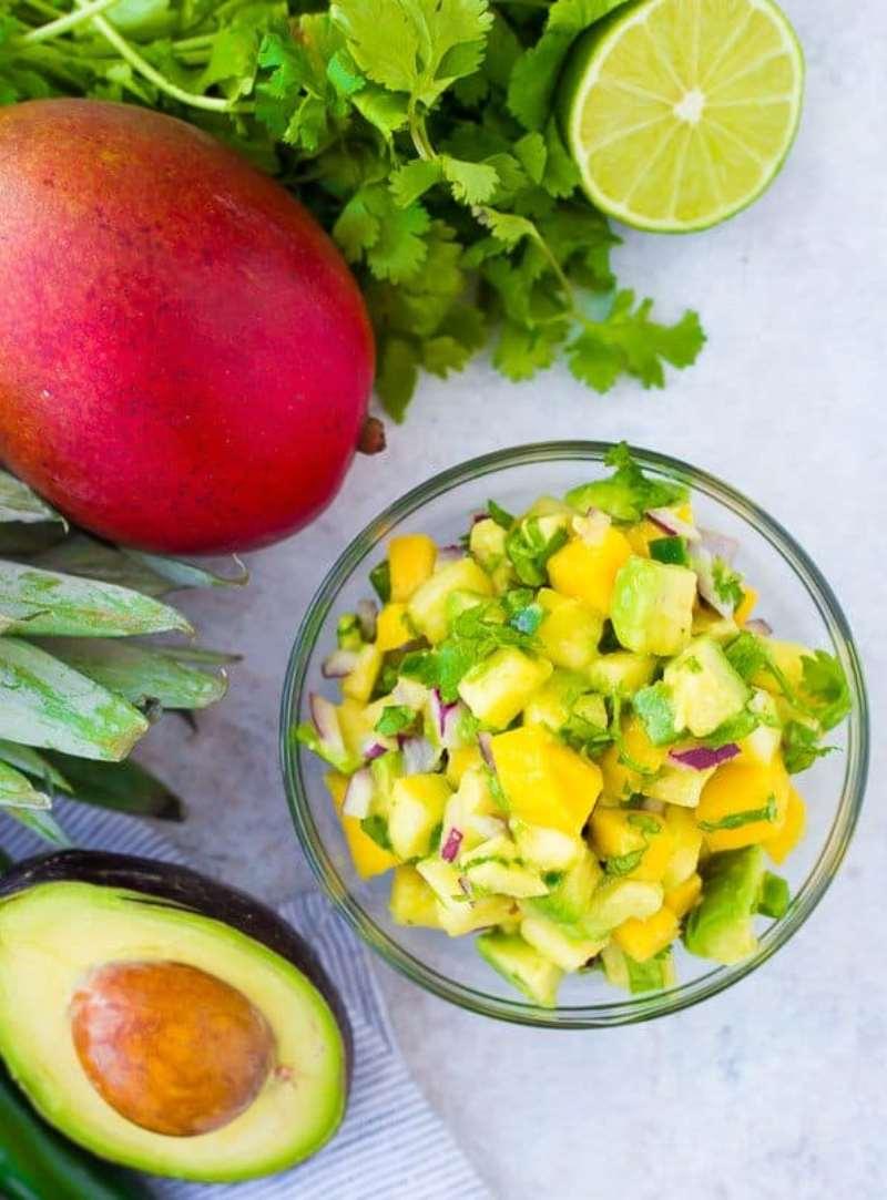 как приготовить салат с авокадо и креветками