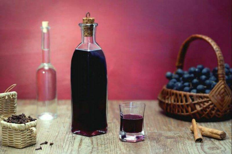 домашний виноградный ликер