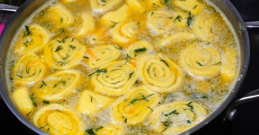 Как приготовить гороховый суп с кнедликами