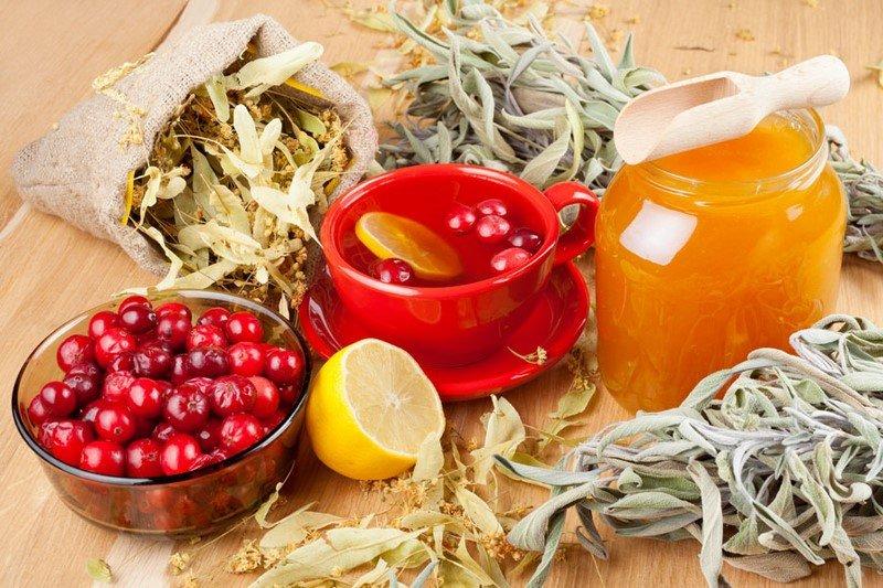 как приготовить Клюквенный морс с медом и лимоном