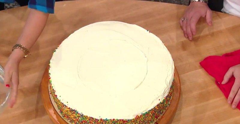 как подать торт