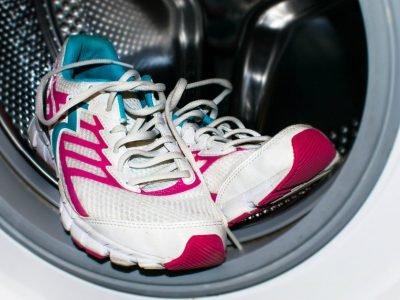 Как стирать обувь в стиральной машинке