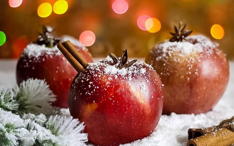 украшение из яблока