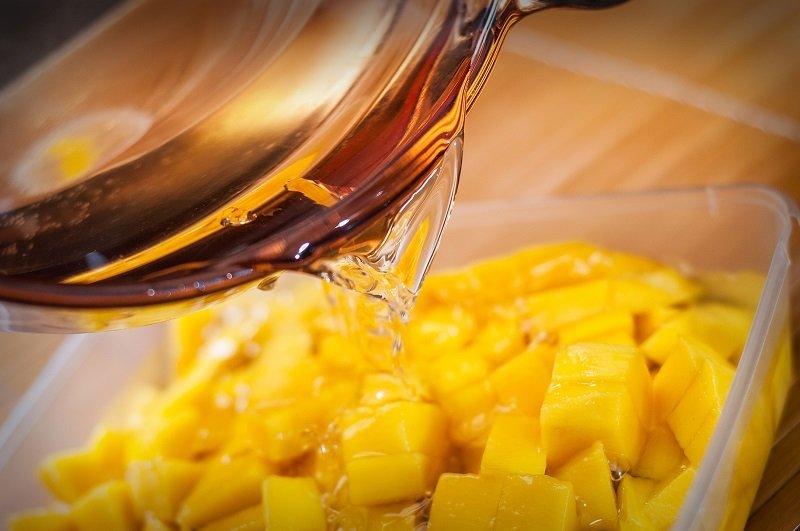 мытье фруктов