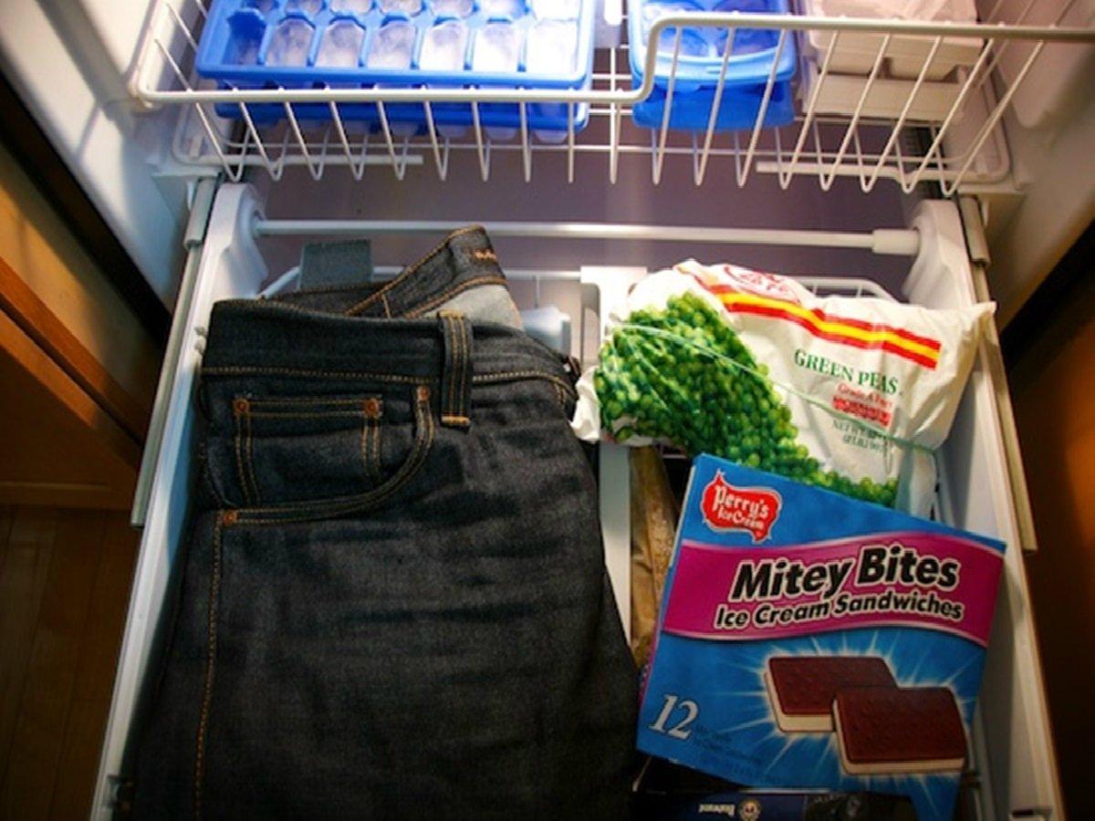 штаны в холодильнике