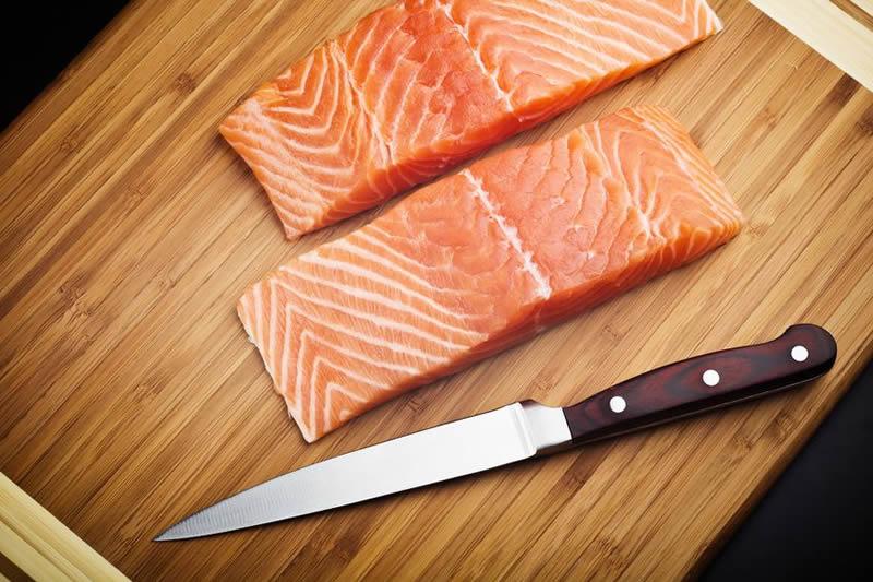 канапе с красной рыбой