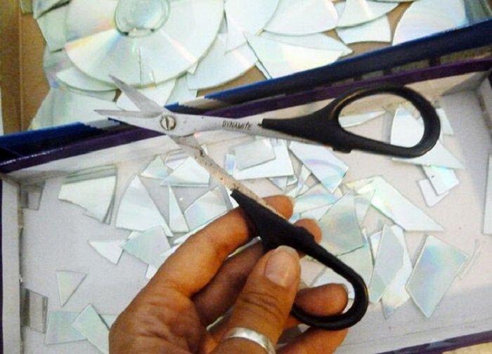 декор кухни компакт-дисками