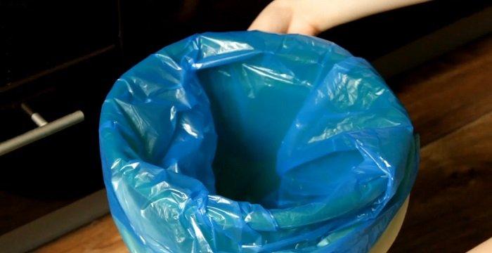 Как легко вынуть мусорный мешок