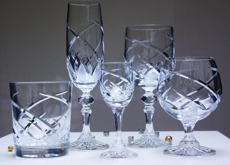 как почистить бокалы