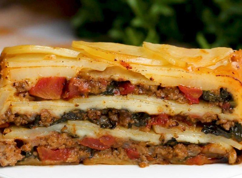 Картофельный пирог с мясом и овощами