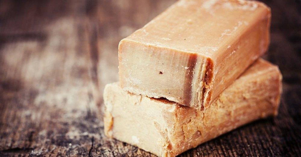 куски хозяйствегнного мыла