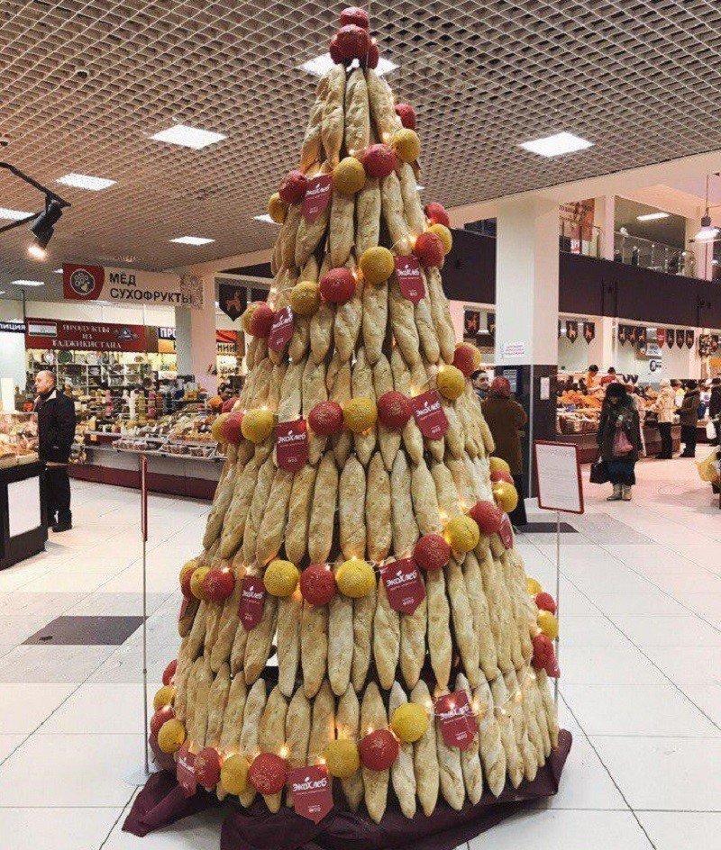 новогодняя елка из хлеба