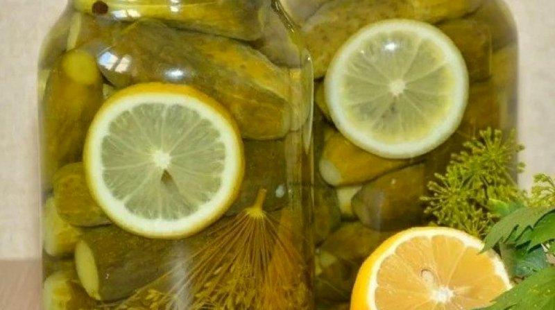 маринованные огурцы с лимоном