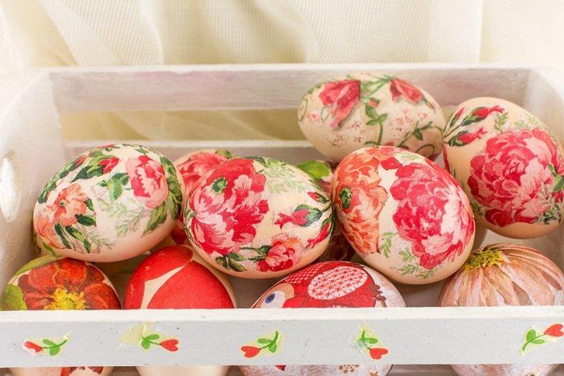 как украсить яйца салфетками