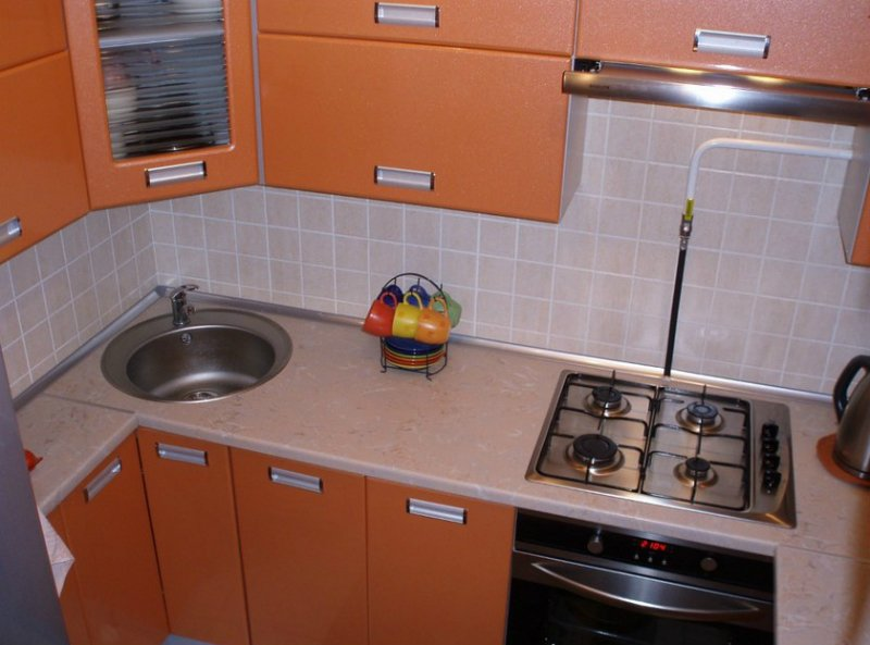 układ małej kuchni