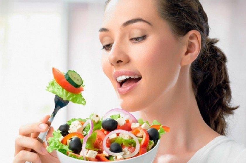 тщательно пережевывать пищу