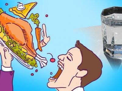 Почему нельзя есть всухомятку