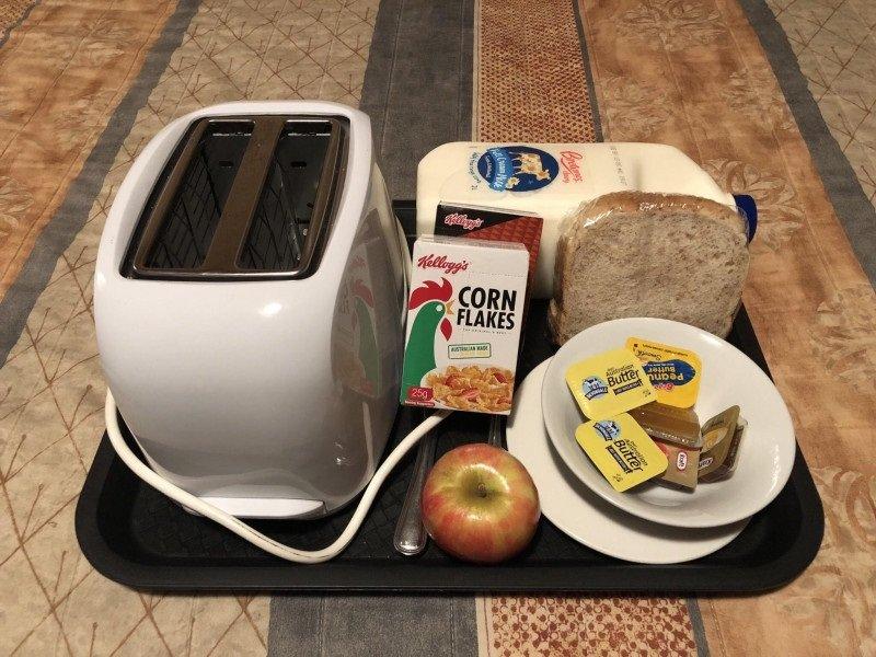 завтрак в мотеле