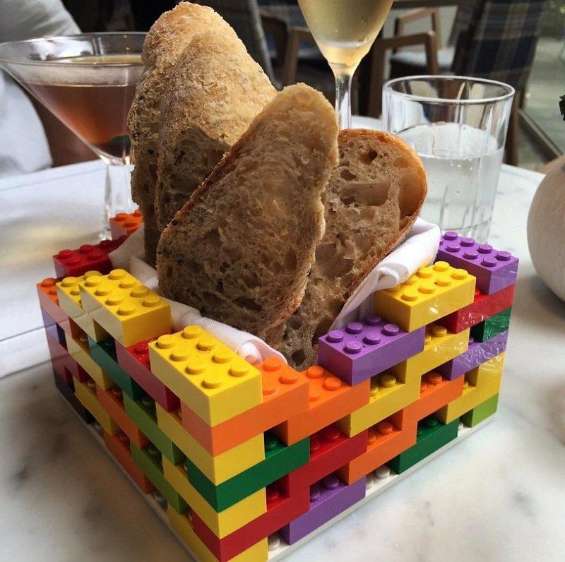 хлебница из лего