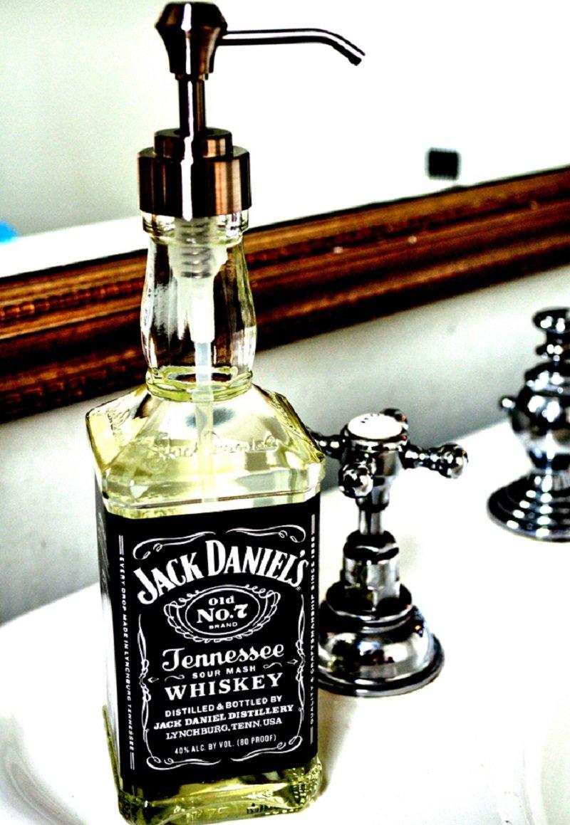 диспенсер из бутылок