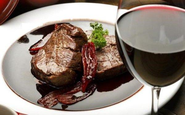 говядина и вино фото