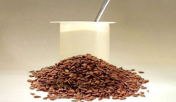 йогурт и семена льна фото