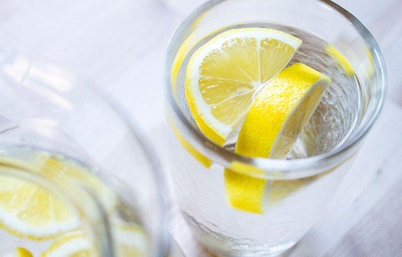 používanie citrónovej vody