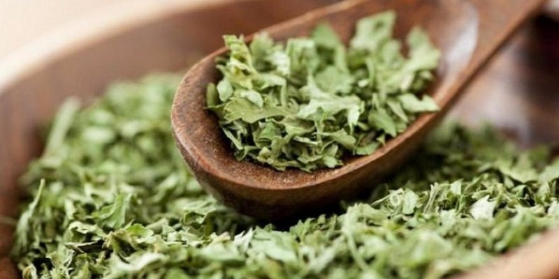 польза сушеной зелени